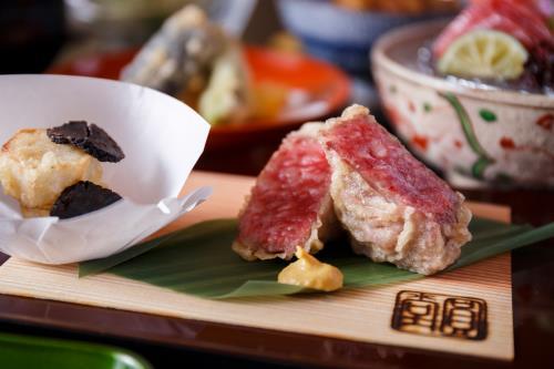 【日本料理 圓堂の天ぷら会席夕食と京の朝ごはん 1泊2食】
