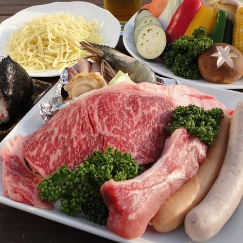 料理長厳選!赤城牛星空BBQプラン(2食付) 赤城牛のサーロインステーキと手作りソーセージをご堪能いただけるプランです。〈組数限定〉 画像