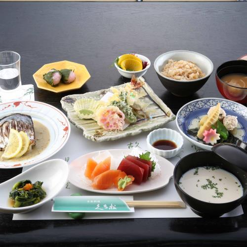 〈GoTo適応〉【2食付】本格日本料理を味わうスタンダードコース 画像