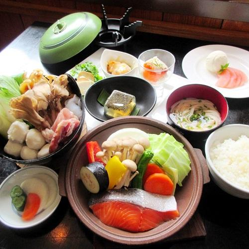 【比内地鶏入り・いものこ鍋を堪能】実りの秋を実感!2食付プラン 画像