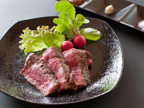 【岩手いいものセレクト】いわて県産牛ステーキと岩手名物特製冷麺付きプラン 画像