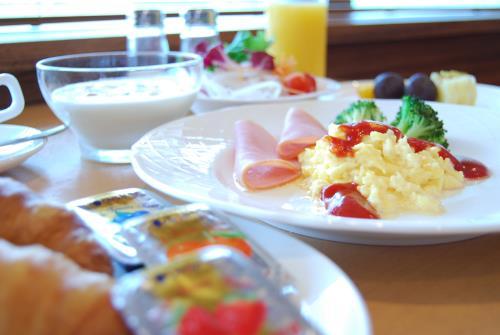 【大人気!室数限定】朝食無料キャンペーン ~約30種類の和洋ブッフェをお楽しみいただけます~
