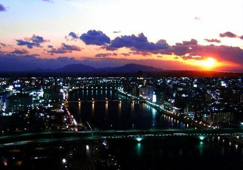 【PREMIUM】新潟一の高層階・バスルームからも夜景を2人占め☆~朝食付き~
