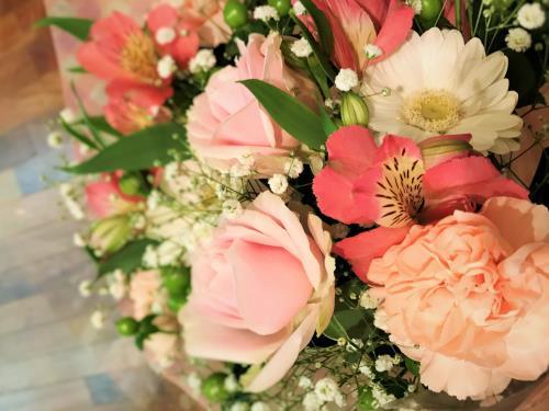 2食付♪二人だけの記念日 花束・記念品プレゼント♪【ANNIVERSARY】