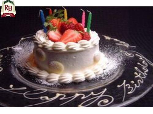 【Anniversary朝食付】ケーキとスパークリングワインでお祝い♪バスアメニティ付き
