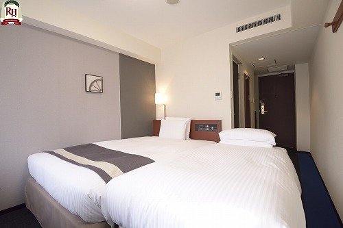 【エキストラベッド付プラン】お得に宿泊☆18平米のお部屋にベッド2台ご用意致します♪
