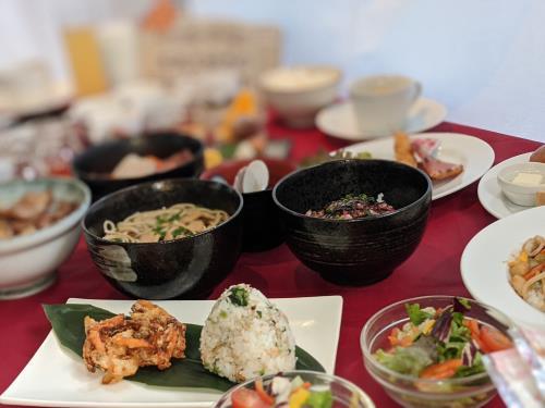 【ベーシックプラン】選べる5種の朝食御膳付-ホテル自慢の朝食を召し上がれ-