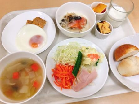 日経新聞とミネラルウォーター付ビジネスプランお膳朝食付き